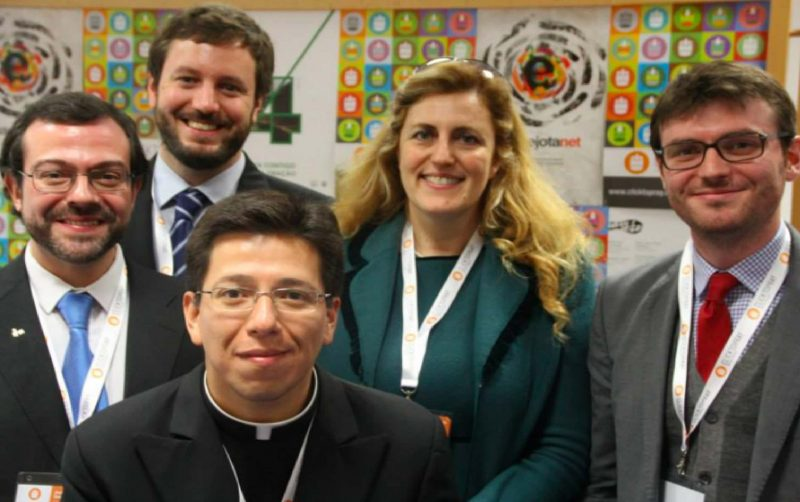 Juan Della Torre, Pablo Cannata y Antonio Valerio - Click To Pray